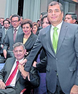Rafael Correa Delgado, Presidente de la república sistió al acto de respaldo a Pedro delgado titular del Banco Central, asistieron tambien Ministros de Estado y campesinos del país.Quito 13 de septiembre del 2012 René Fraga/Expreso Respaldo Pedro Delgado