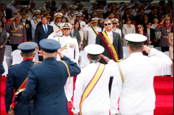 Correa durante la ceremonia en Parcayacu. Foto Presidencia